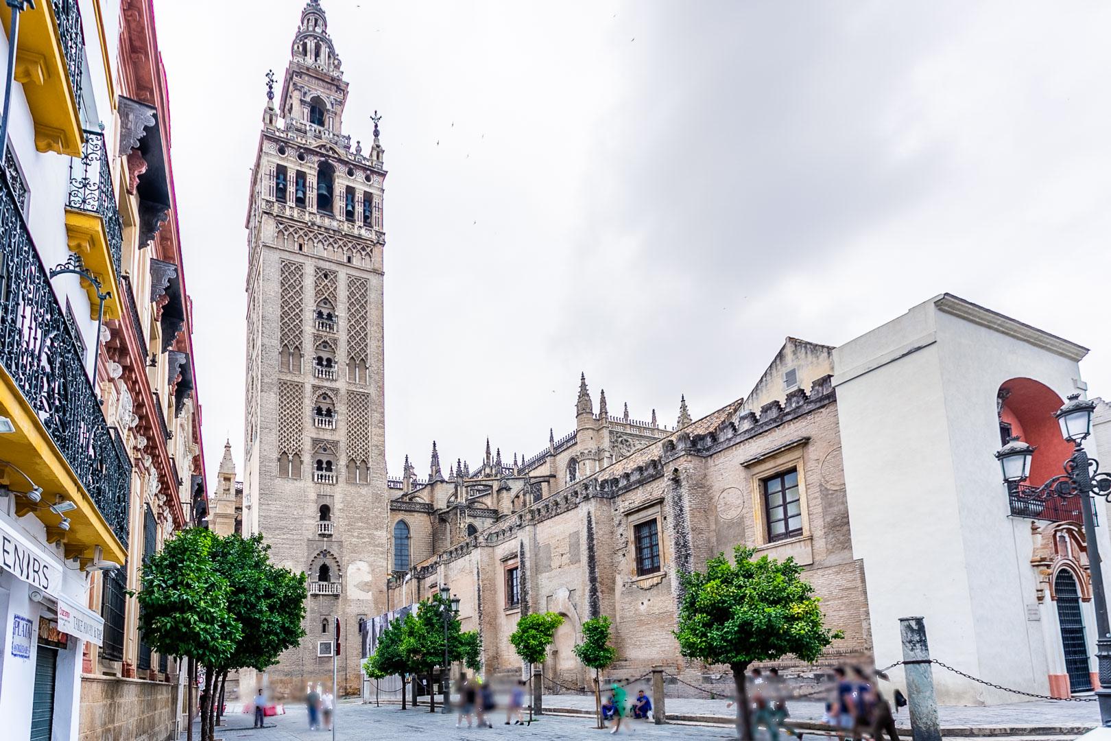 Piso en el centro de Sevilla, calle Alfonso XII. REF: 3678